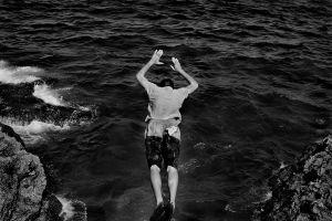Taking a dive seaside El Malecon