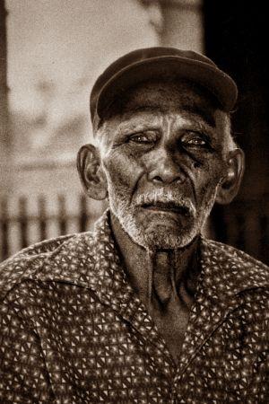 OLD MAN IN THE NIEGHBORHOOD